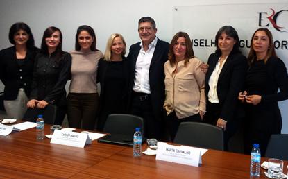Regulador albanês em visita à ERC