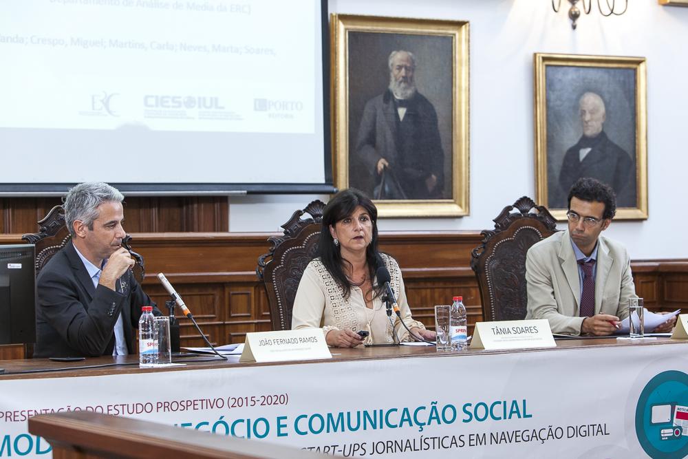 Sessão II – A Comunicação Social na primeira pessoa/apresentação das Entrevistas por Tânia Soares, Diretora do Departamento de Análise de Media da ERC e Sandro Mendonça, Economista do ISCTE-IUL. Moderação: João Fernando Ramos, Editor RTP.