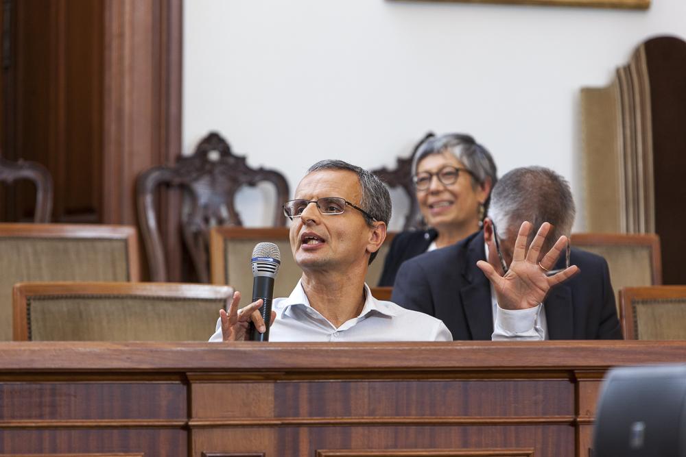 Fernando Zamith, Presidente do Departamento de Jornalismo e Ciências da Comunicação da Faculdade de Letras da Universidade do Porto, no seu comentário.