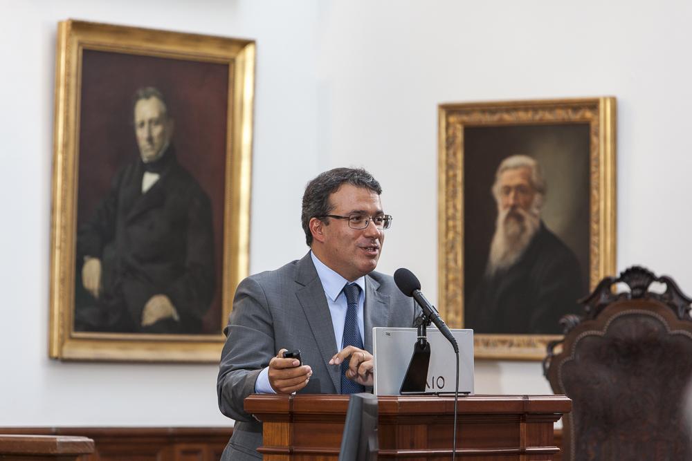 Gustavo Cardoso, Professor e Investigador do ISCTE-IUL e co-autor do estudo, na sua intervenção.